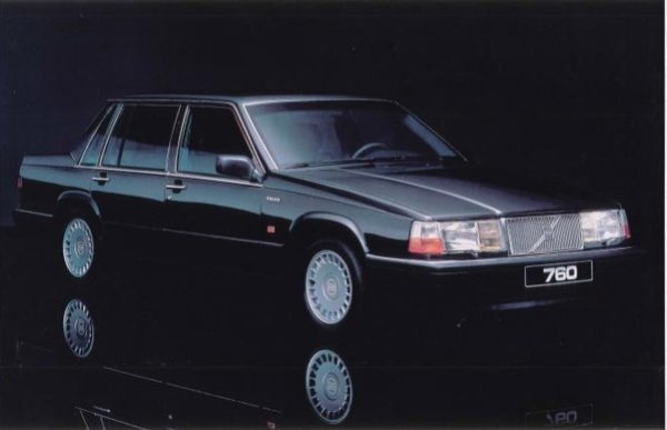 Picture of 1989 Volvo 760