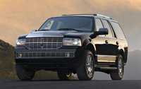 2007 Lincoln Navigator Overview