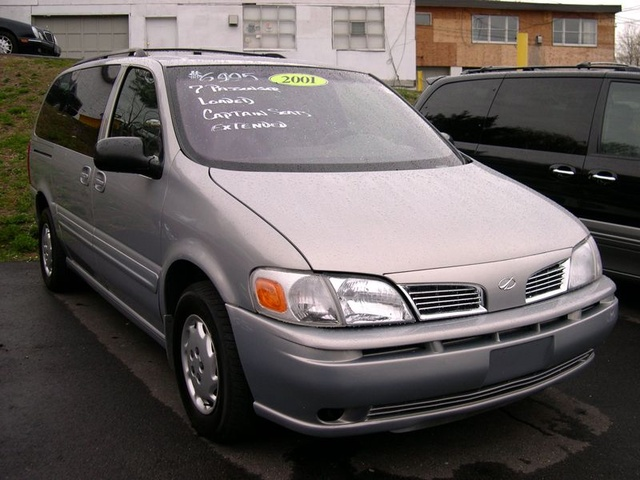 Picture of 2001 Oldsmobile Silhouette