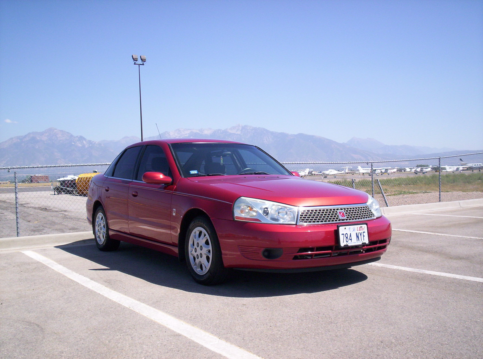 2003 Saturn L-Series 4 Dr L200 Sedan picture, exterior