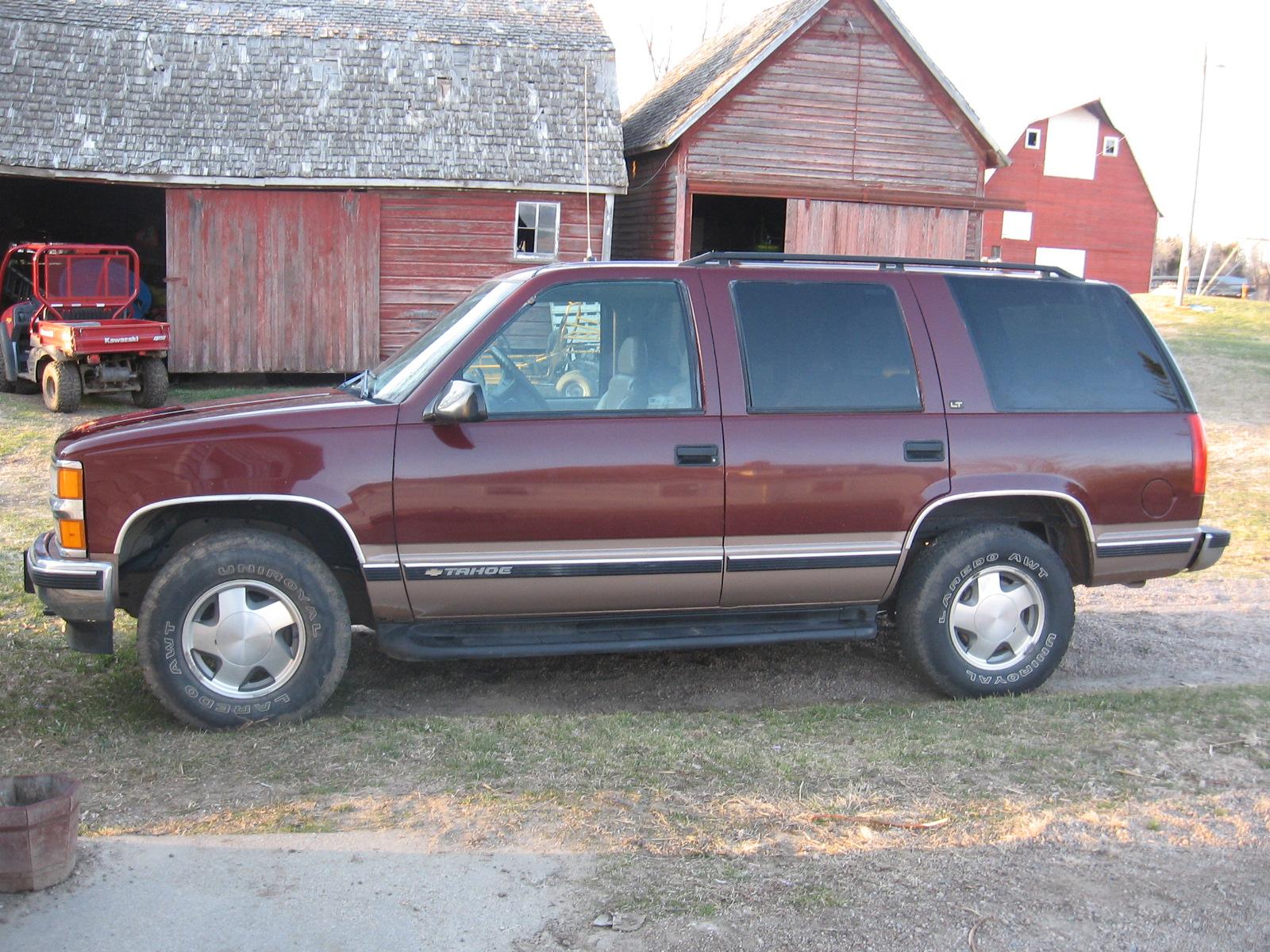 1998 Chevrolet Tahoe - Pictures