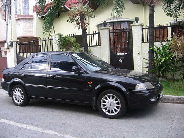Picture of 1999 Ford Laser