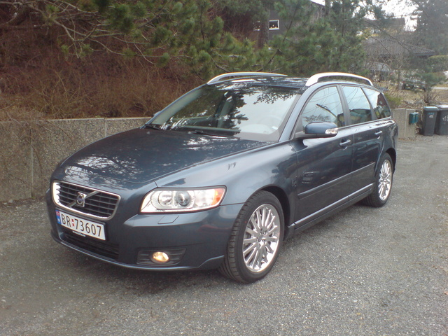 Picture of 2009 Volvo V50