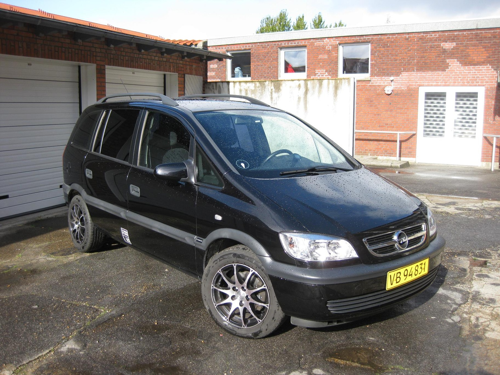 Picture of 2003 Opel Zafira