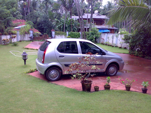 Picture of 2005 Tata Indica