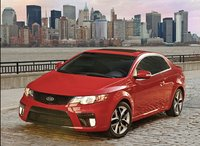 2010 Kia Forte Koup Picture Gallery