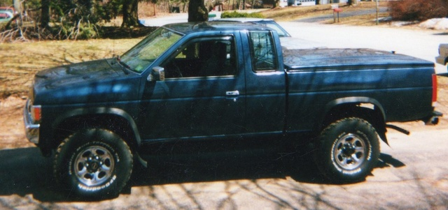 Picture of 1994 Nissan King Cab 2 Dr XE 4WD Extended Cab SB