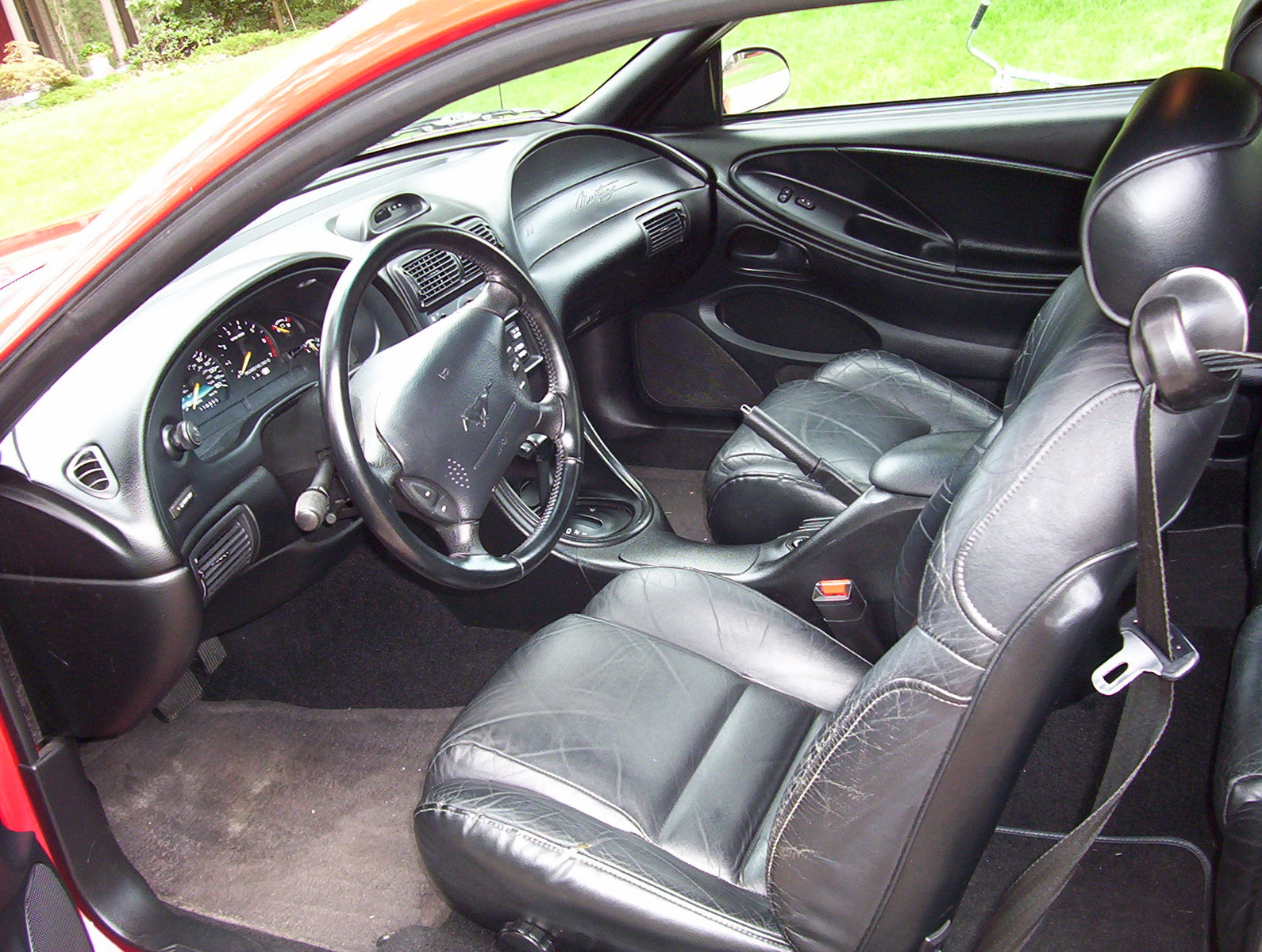 1995 Ford Mustang - Interior Pictures