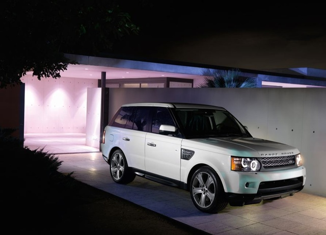 2010 Land Rover Range Rover, Front Right Quarter View, exterior, manufacturer