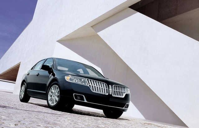 2010 Lincoln MKZ, Front Right Quarter View, exterior, manufacturer