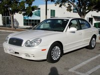 2005 Hyundai Sonata Picture Gallery