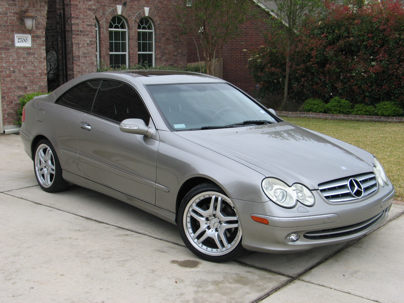 2004 mercedes clk320 2d coupe. Black Bedroom Furniture Sets. Home Design Ideas