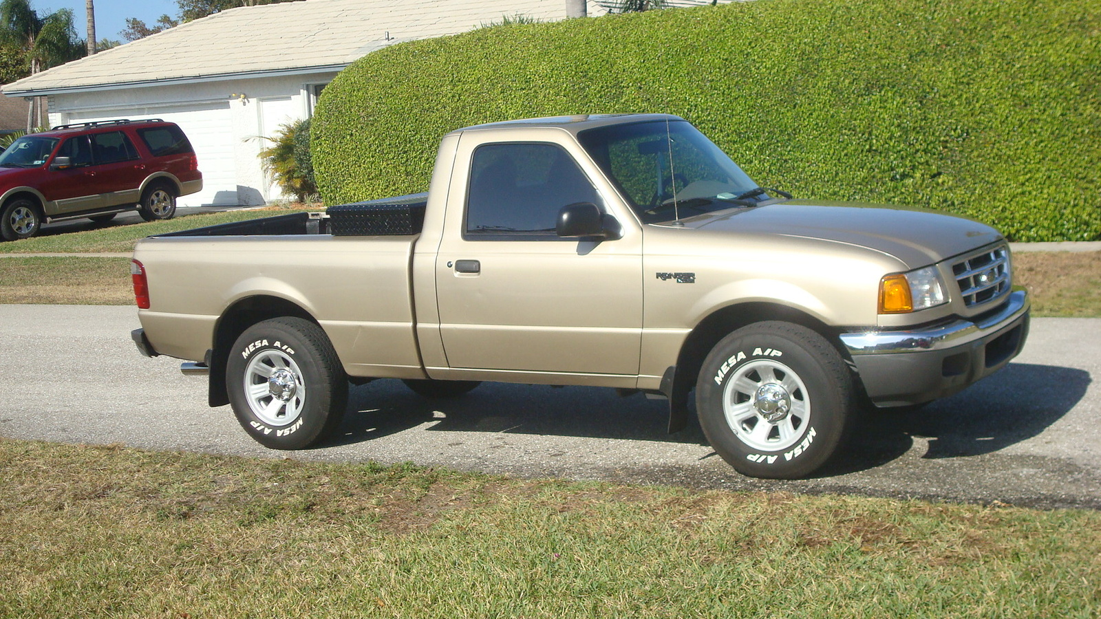 Viewtopic further 1987 Ford F 150 Pictures C4471 pi36006640 furthermore 1403 2002 Gmc Yukon Denali in addition 1998 Ford F 150 Pictures C5241 pi36099271 further 2007 Ford F 150 Pictures C3719. on interior of a ford f 150 xl 2003