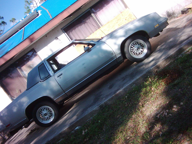 Oldsmobile Cutlass Supreme 1985. 1986 Oldsmobile Cutlass