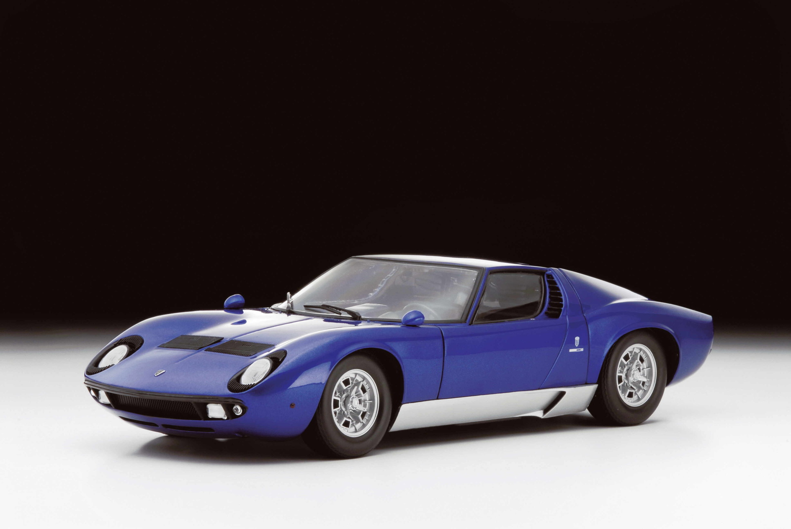 lamborghini diablo facts with 1967 Lamborghini Miura Pictures C16679 on Editor pambazuka together with 5 Facts About Lamborghini further Vertical Lambo Doors Lamborghini Door Kits For Your also 2002 Subaru Outback Rear Brakes as well 1967 Lamborghini Miura Pictures C16679.