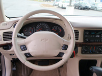 2002 Chevrolet Impala LS picture, interior