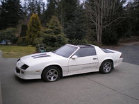 Picture of 1988 Chevrolet Camaro IROC-Z Coupe RWD, exterior, gallery_worthy