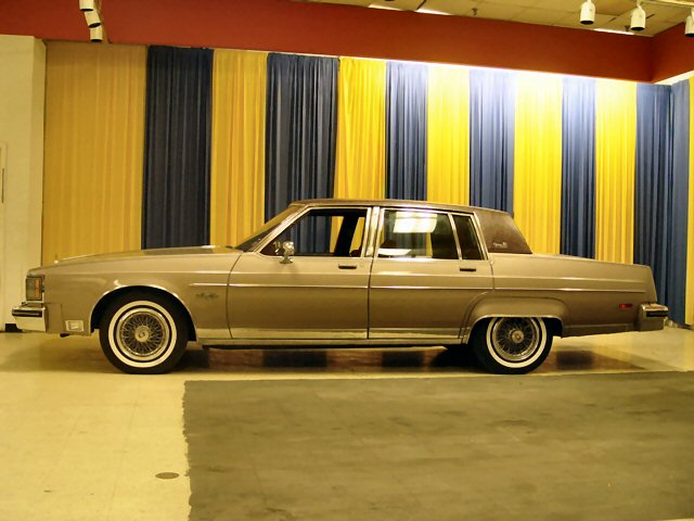 1983 Oldsmobile Ninety-Eight picture, exterior