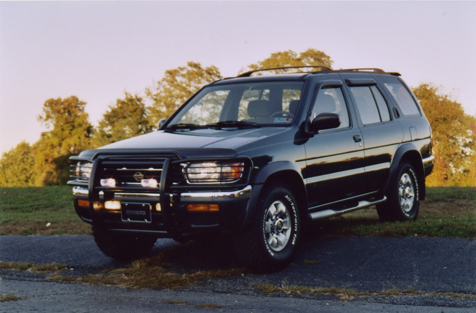 1997 nissan pathfinder pictures cargurus. Black Bedroom Furniture Sets. Home Design Ideas