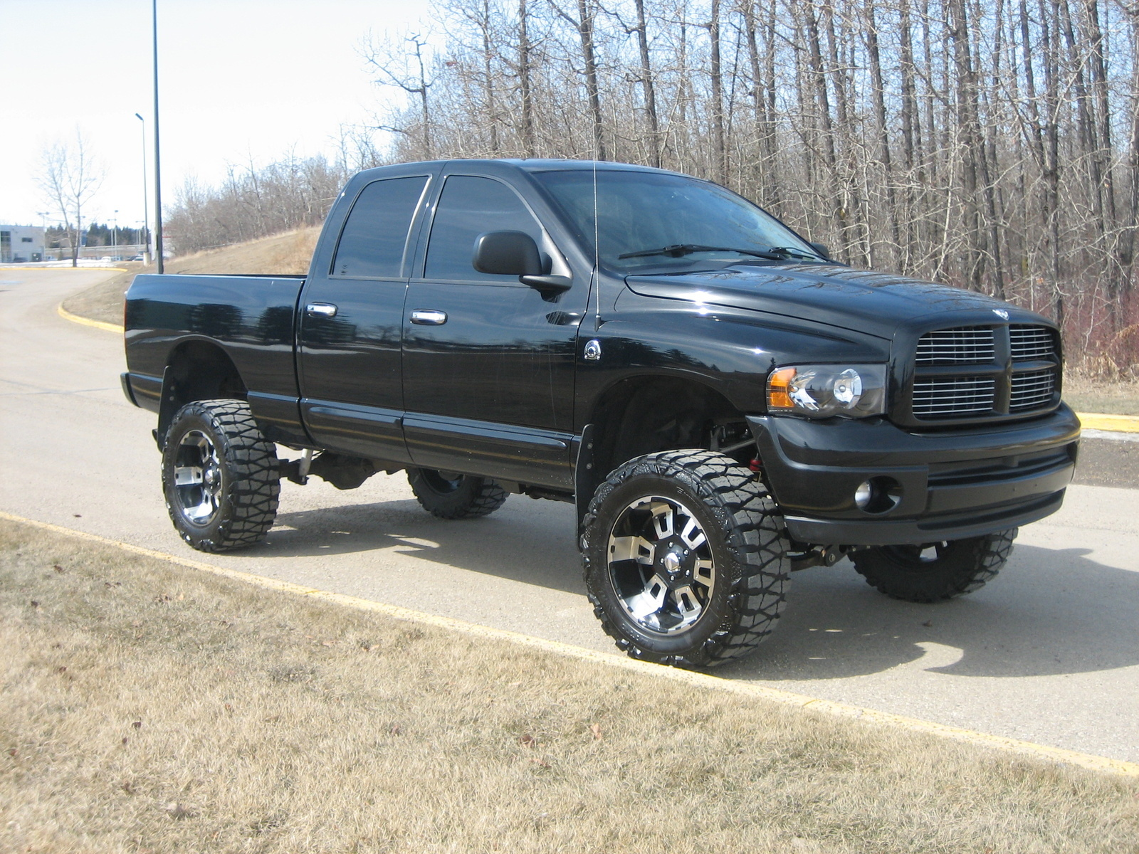 K Ta additionally  further C Aabaeb C F B A Dcea Dodge Ram Sport Dodge Ram furthermore Dodgeram Lifted L Ea C E B besides Pic X. on 2004 dodge ram 2500 hemi lifted