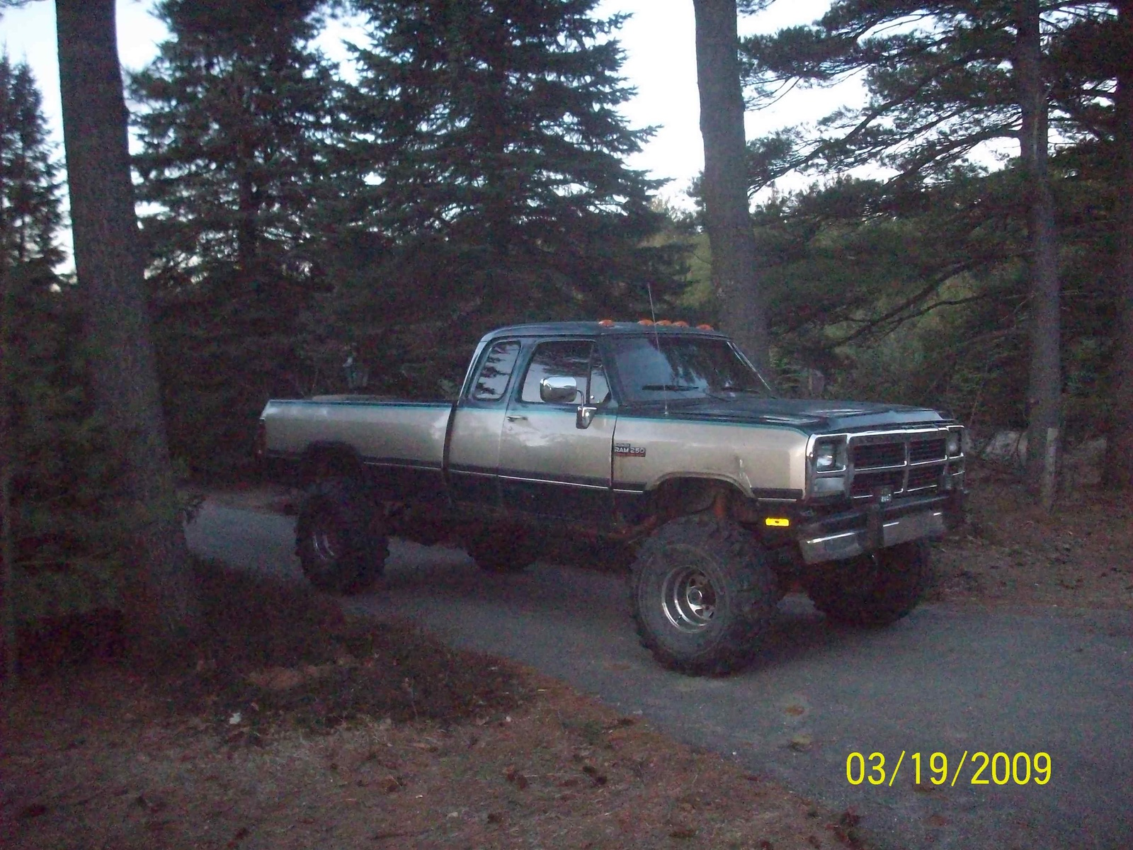 Picture of 1993 Dodge RAM 250 2 Dr LE 4WD Extended Cab LB