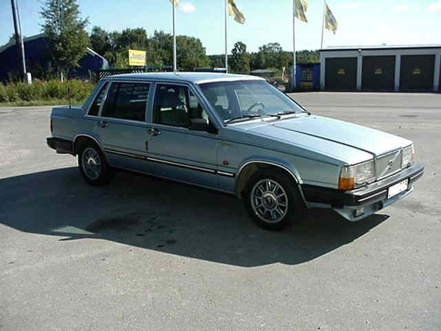 Picture of 1982 Volvo 760