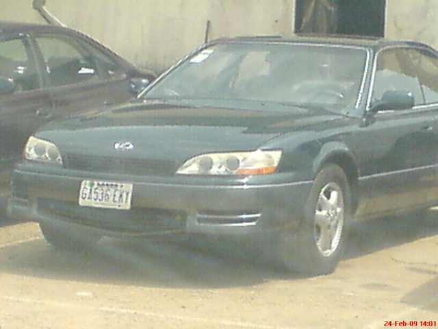 Picture of 1994 Lexus ES 300