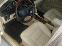 Picture of 1990 Mercedes-Benz 300-Class 4 Dr 300E Sedan, interior