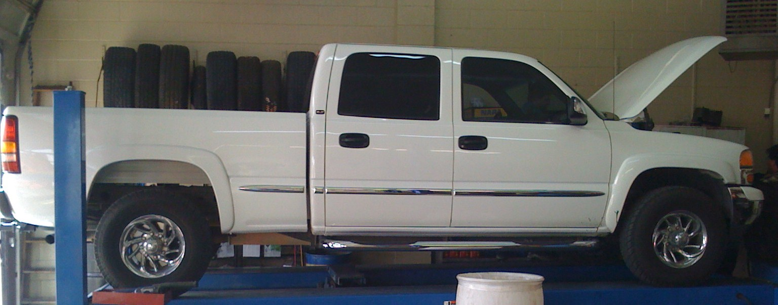 Picture of 2002 GMC Sierra 1500HD 4 Dr SLT Crew Cab SB HD
