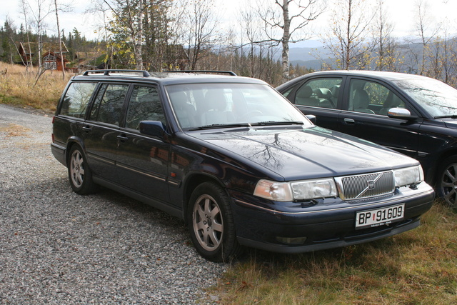 Picture of 1997 Volvo V90, exterior
