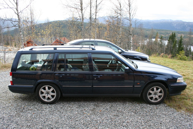 Picture of 1997 Volvo V90