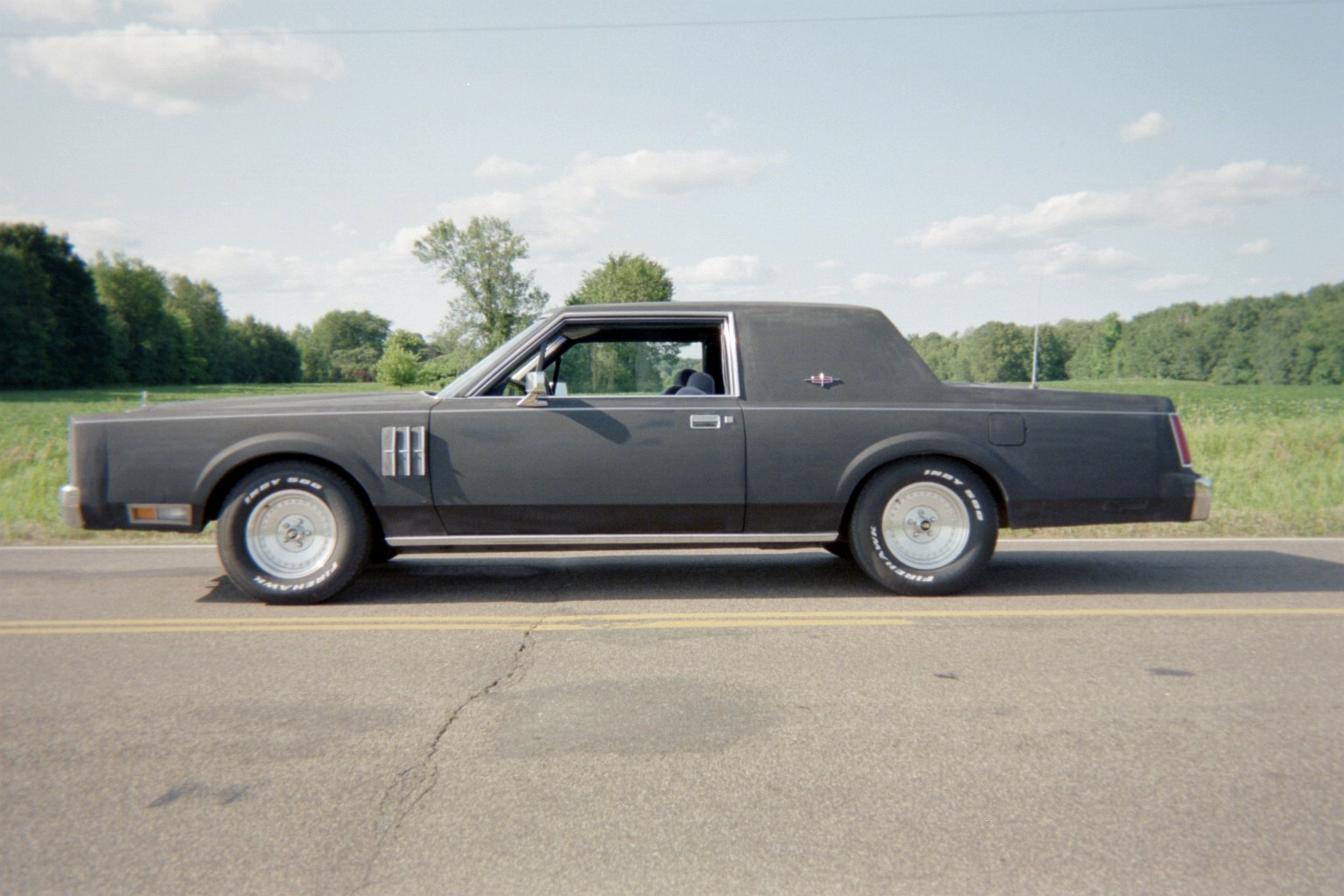 Lincoln Town Car Pic