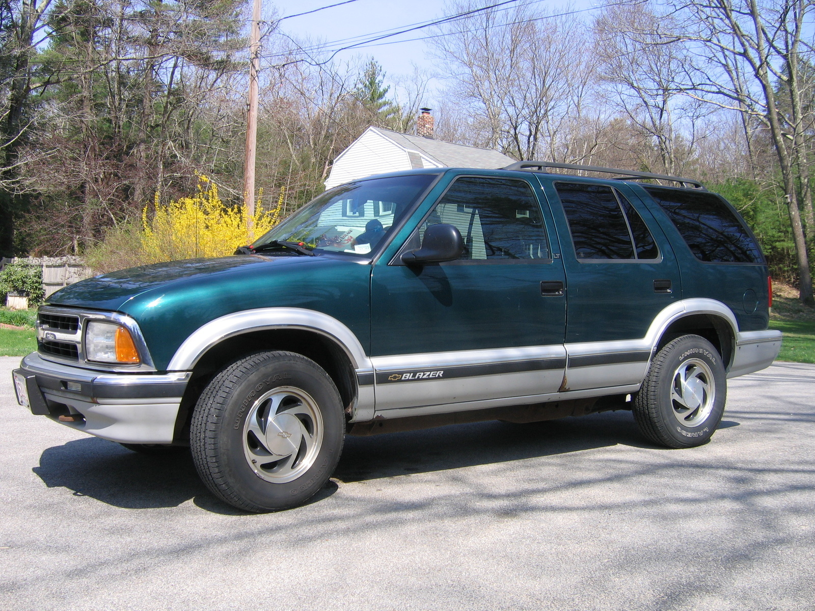 Chevrolet Blazer Dr Lt Wd Suv Pic X on Chevy Lumina Van
