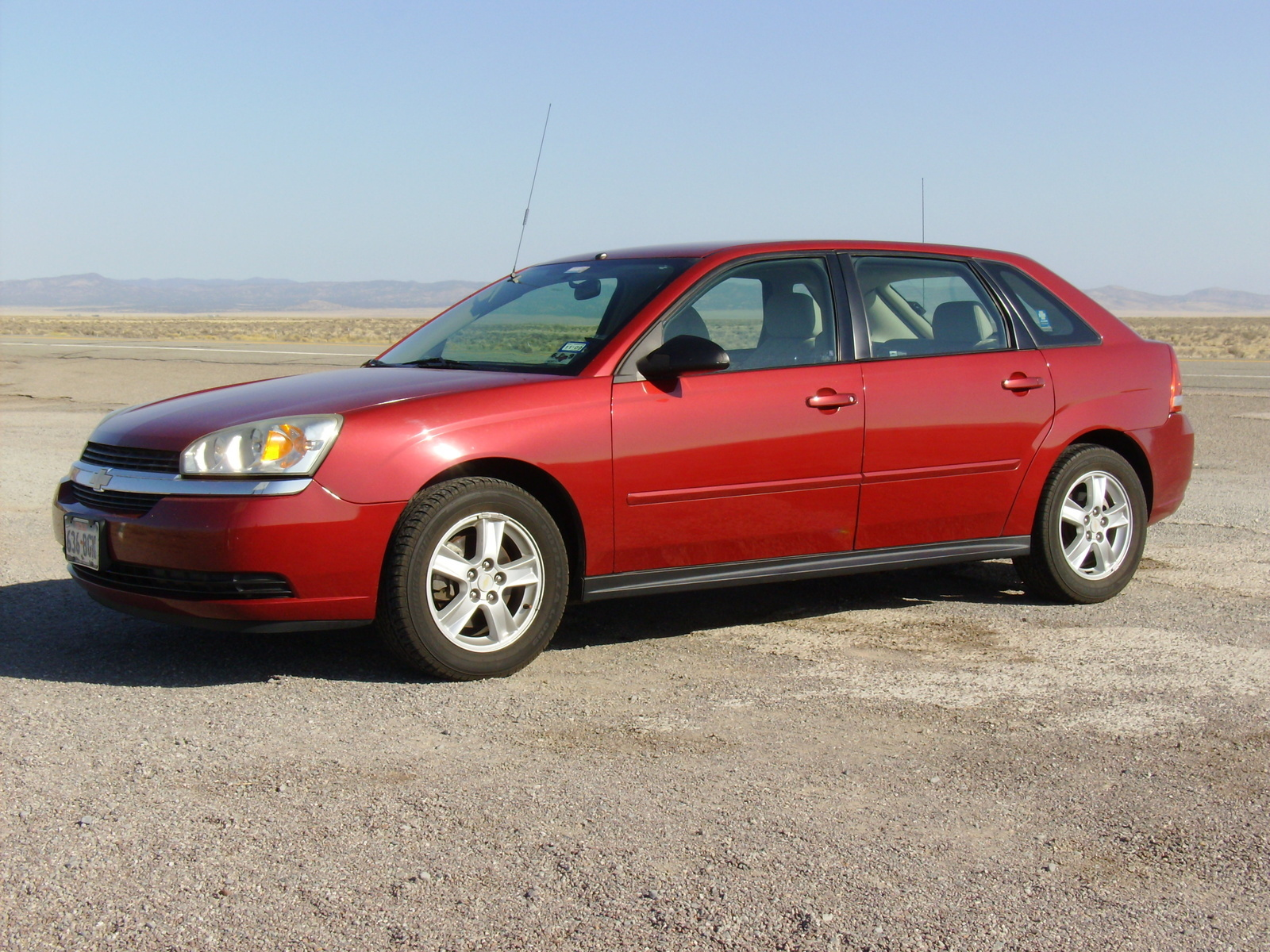 2005 Chevrolet Malibu Maxx - Overview