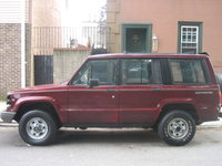 1991 Isuzu Trooper 4 Dr LS 4WD SUV, side shot. Grill is missing because it is being repainted., exterior, gallery_worthy