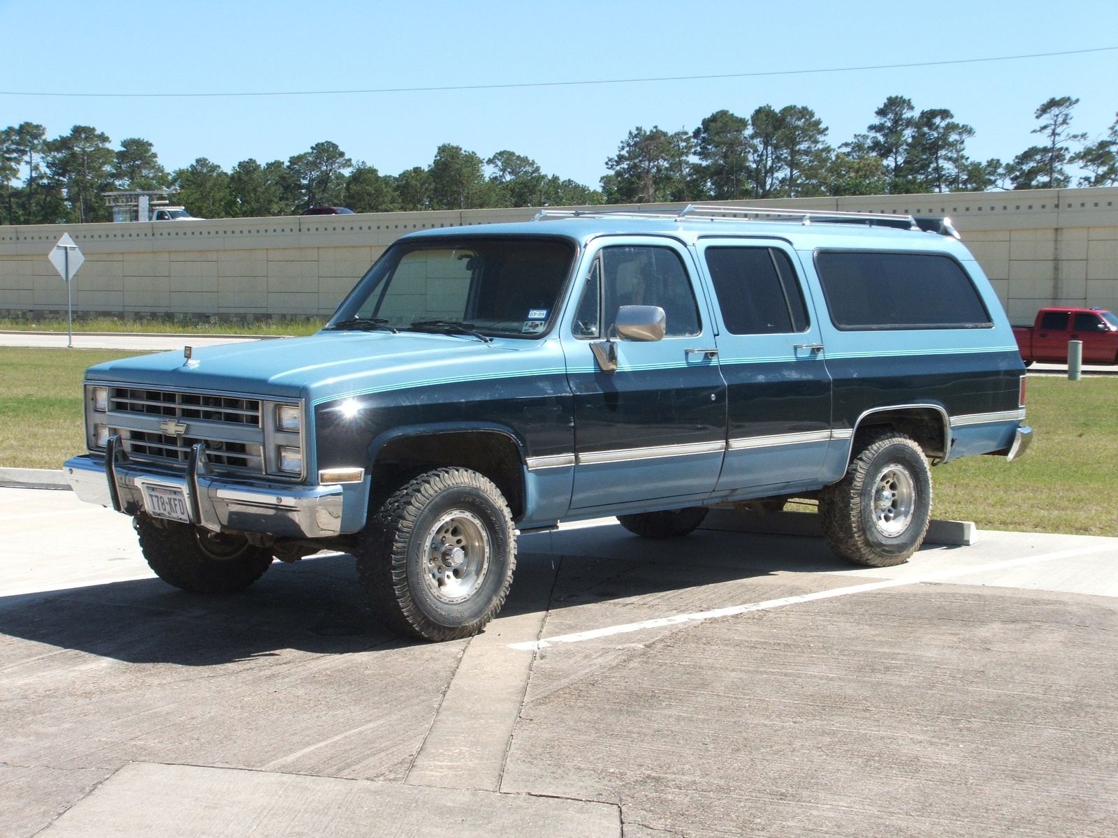 1987 chevrolet suburban pictures cargurus. Cars Review. Best American Auto & Cars Review