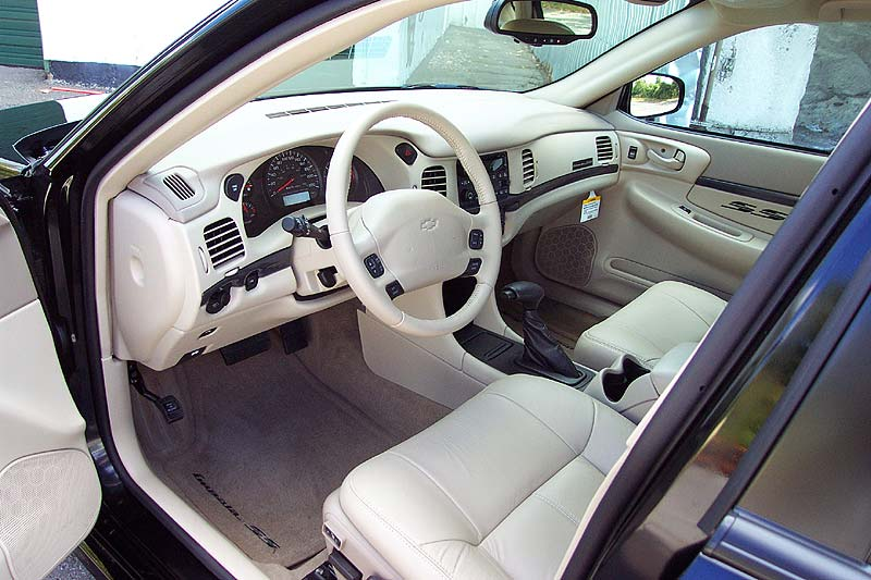 2004 Chevrolet Impala SS picture, interior