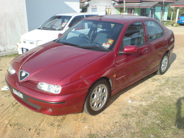 Picture of 2001 Alfa Romeo 146