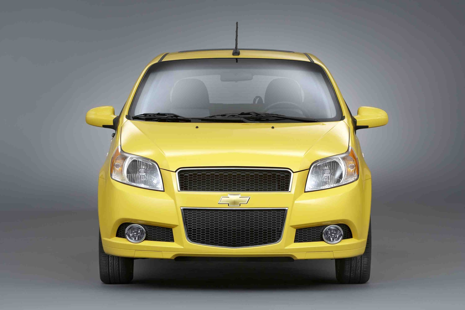 Chevrolet aveo5 lt a true professional 2010