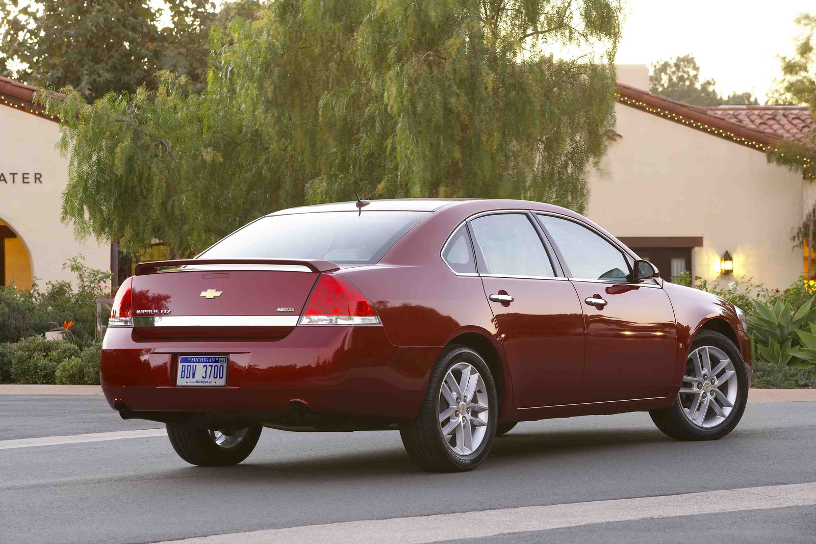 2010 Chevrolet Impala, Back Right Quarter View, manufacturer, exterior