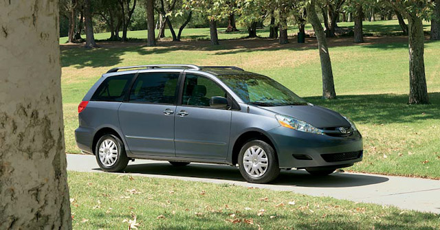 2010 Toyota Sienna, Right Front Quarter View, exterior, manufacturer