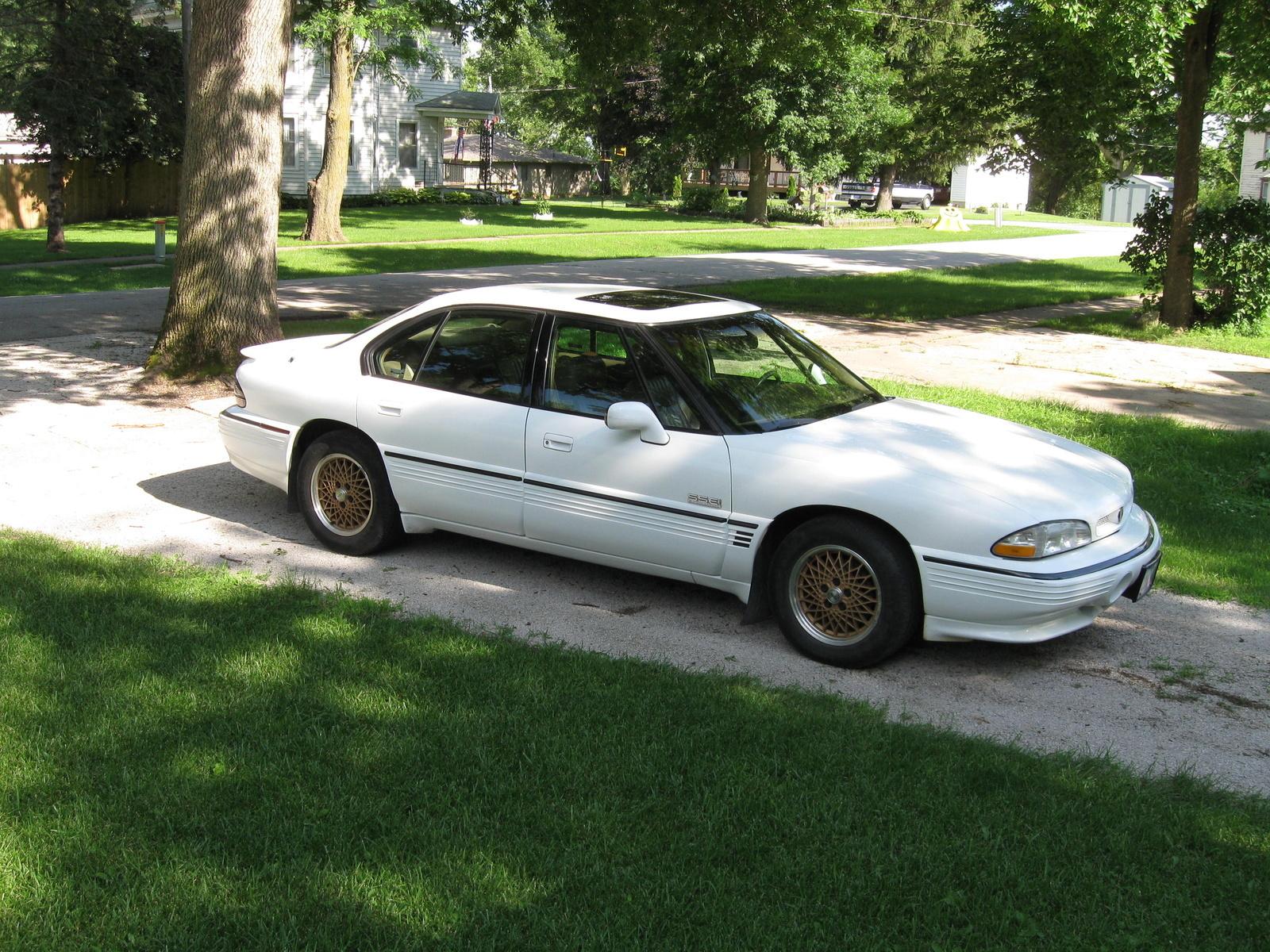 1995 Pontiac Bonneville Overview Cargurus