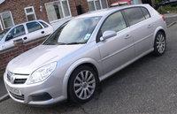 2005 Vauxhall Signum Overview