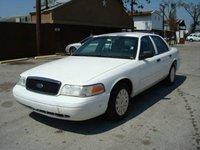 2003 Ford Crown Victoria Overview