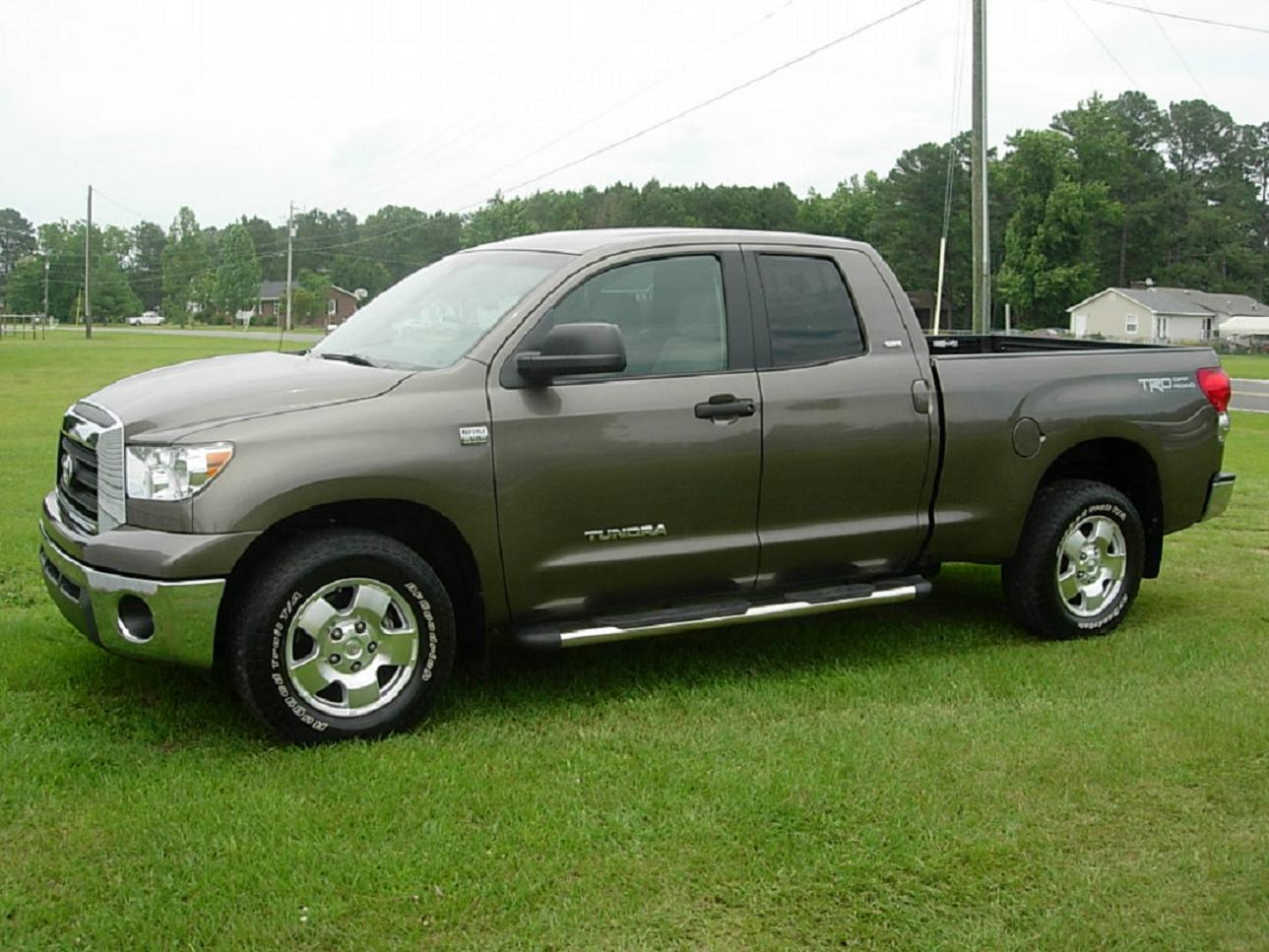 2008 toyota tundra sr5 double cab review. Black Bedroom Furniture Sets. Home Design Ideas