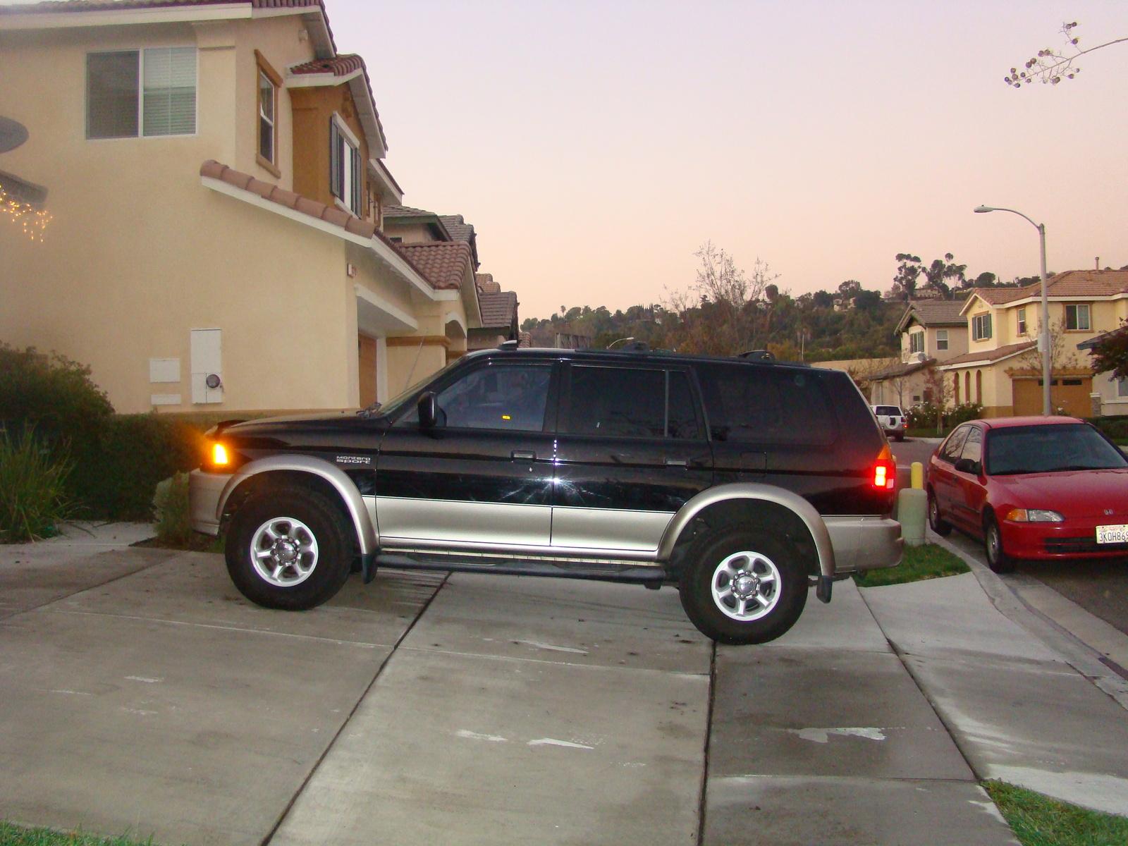 Picture of 1998 Mitsubishi Montero Sport 4 Dr XLS 4WD SUV