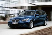 2010 BMW 5 Series 535i xDrive Wagon, Front Left Quarter View, exterior, manufacturer