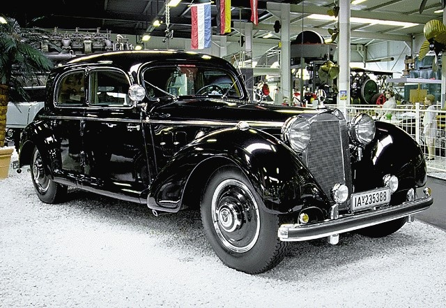 1943 mercedes benz 770 pictures cargurus for Mercedes benz 770 for sale