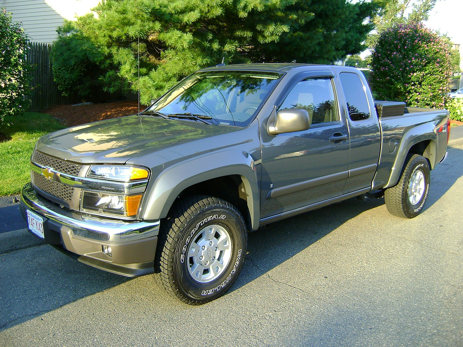 Picture of 2008 Chevrolet Colorado LT2 Ext. Cab 4WD