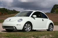 2002 Volkswagen Beetle Picture Gallery